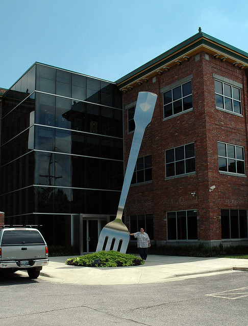 9-Giant Fork Sculpture, Springfield, Missouri