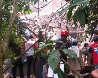 Pesawat Latih TNI AU jatuh di Malang